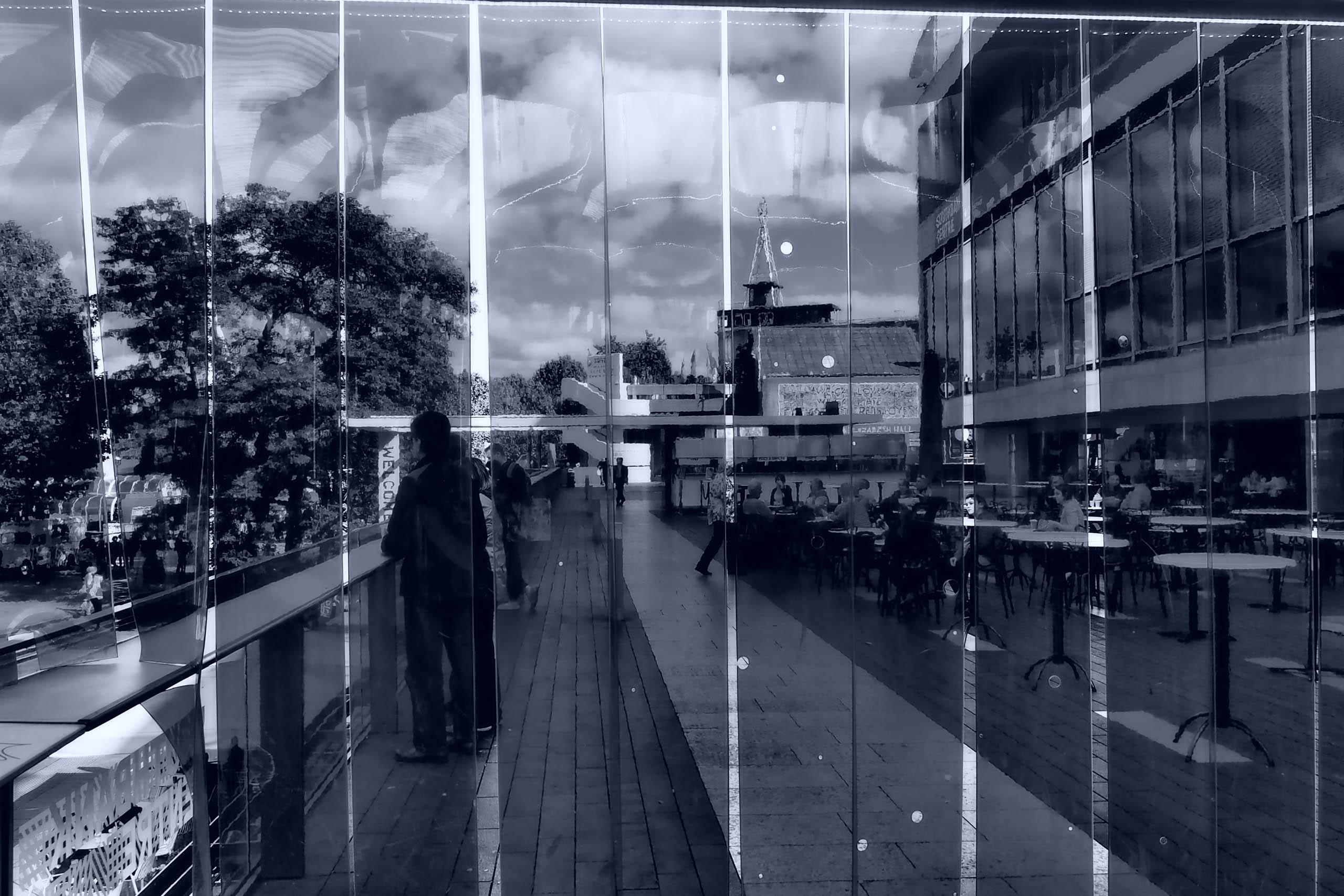 Monochrome reflections