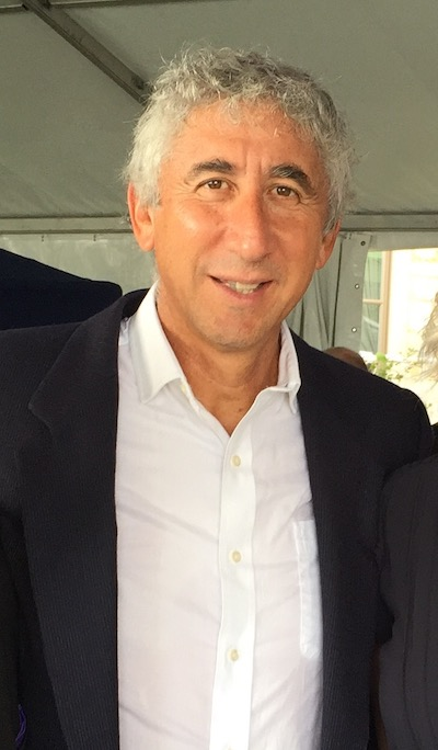 Professor Hernán Humaña