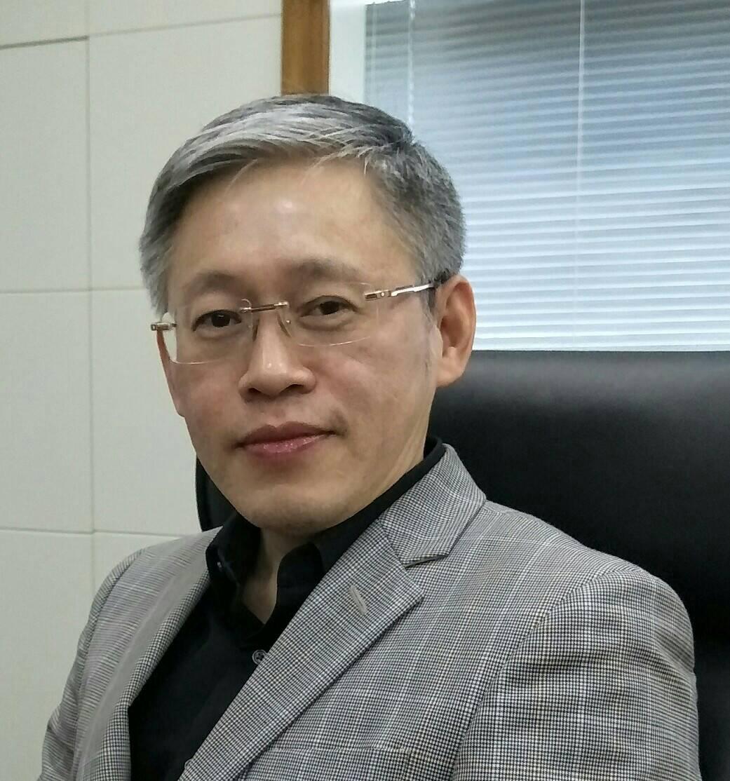 Dr Yanyong