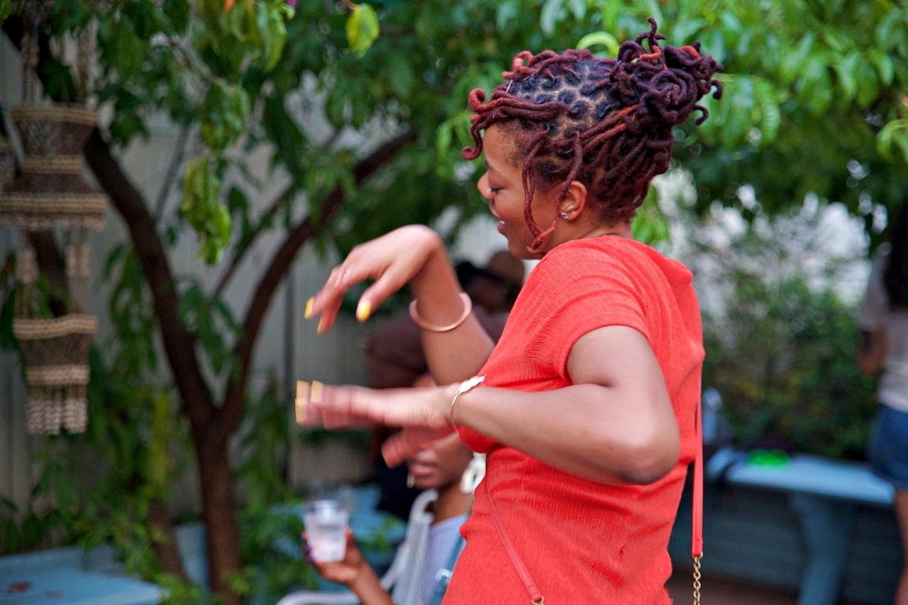 Woman dancing, image courtesy of Kit An Kin