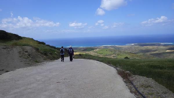 Descent to Lara coast