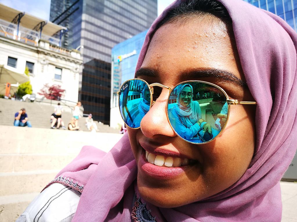 Reflections on sunglass