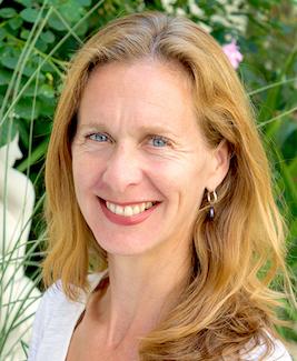 Julia Davies