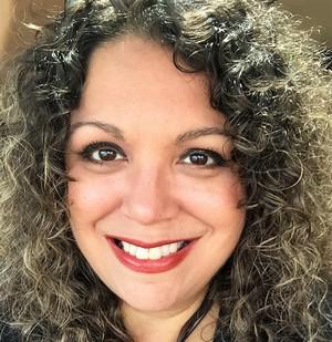 Marketing Expert:Kelly Burgos Harper