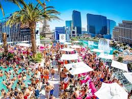 Drai S Beachclub Is Perched 11 Stories Above The Las Vegas Strip On Rooftop Of Cromwell And Its View Exactly As Spectacular You D Expect From