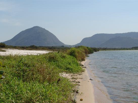 Beira da Lagoa de Maricá