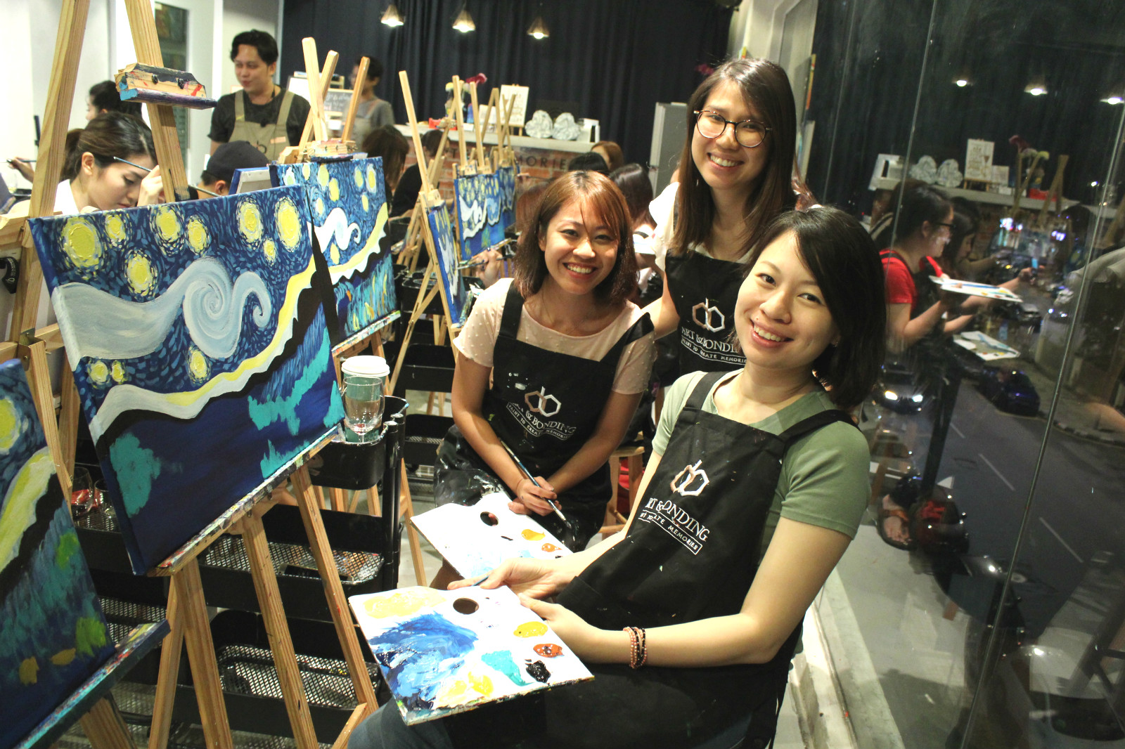 sip-and-paint-night-nightlife-outing-party-kl-malaysia