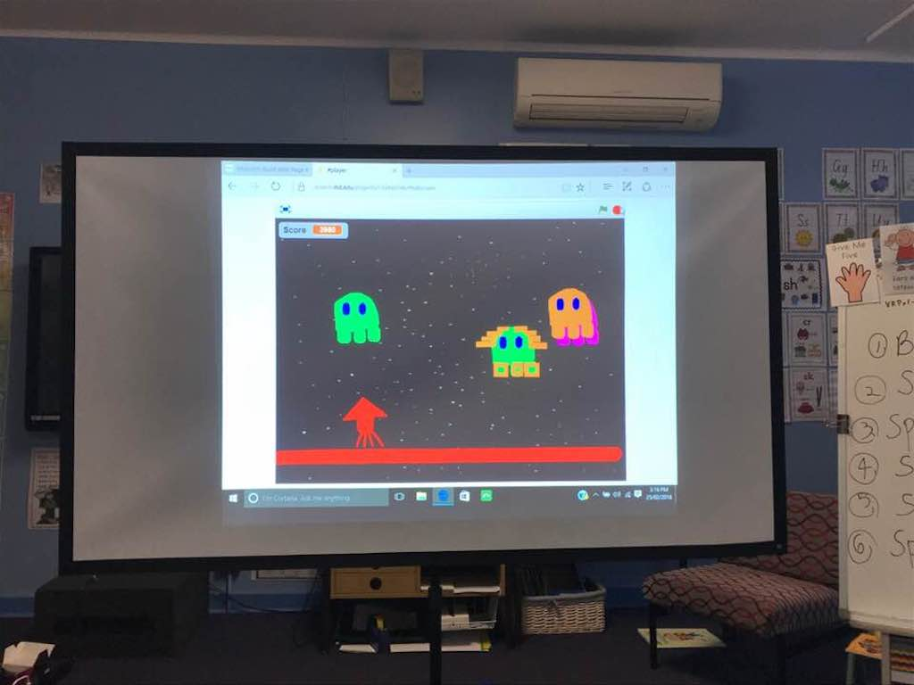 Scratch Space Invaders Game