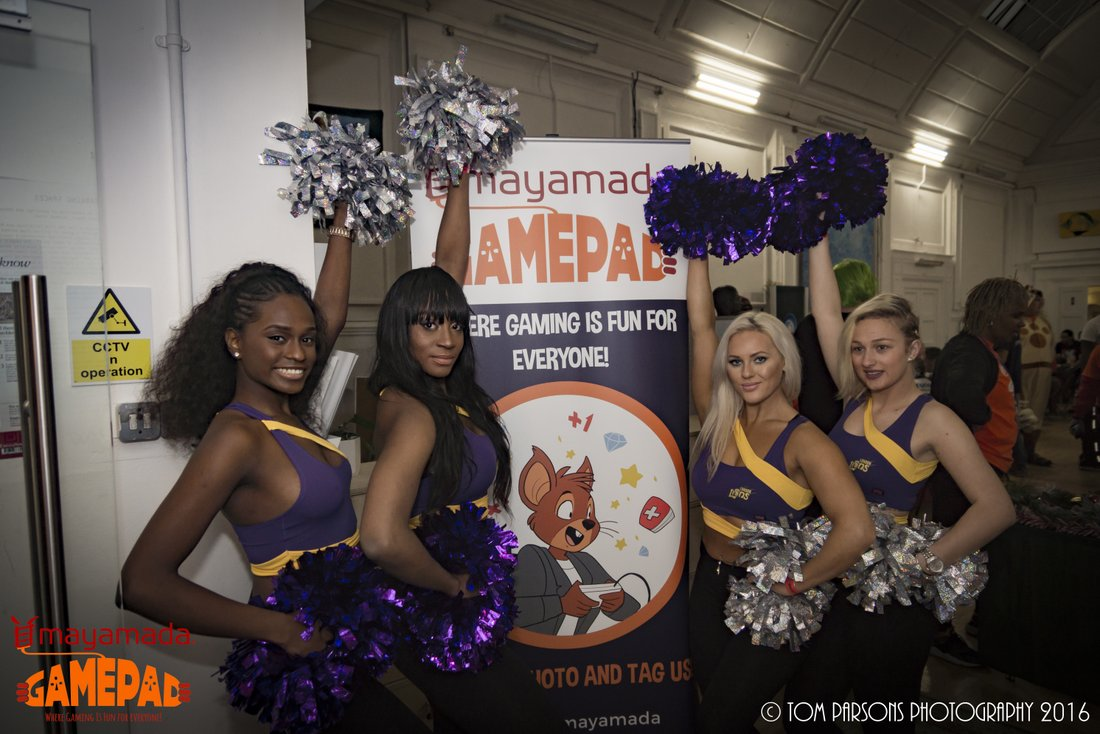 Lion Lions Cheerleaders at GamePad
