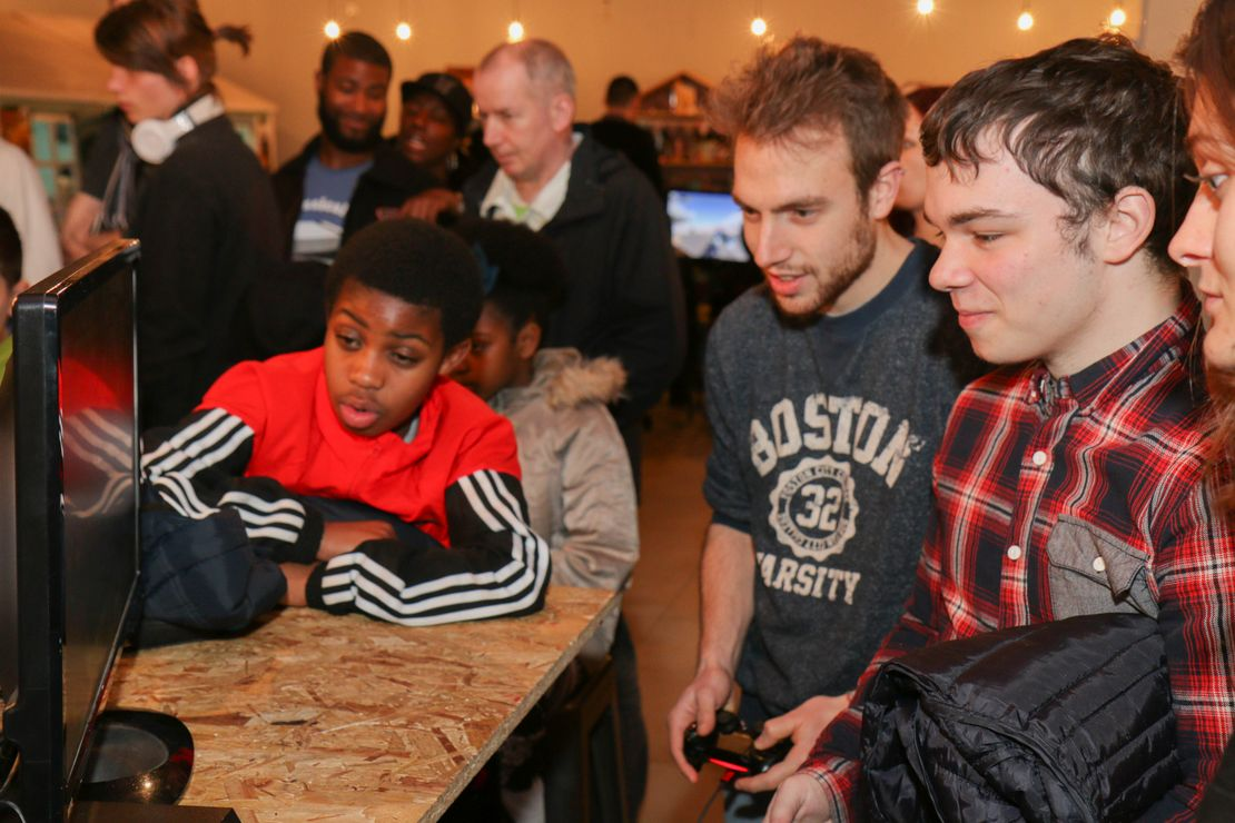 Gamers at GamePad Social Gaming Event
