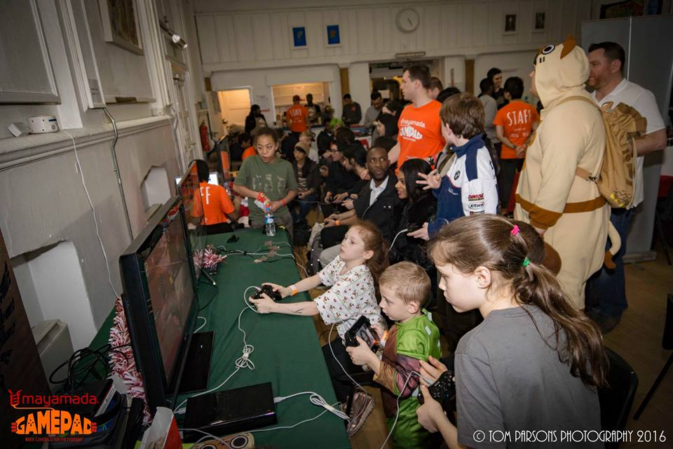 Gamers at GamePad Christmas 2016