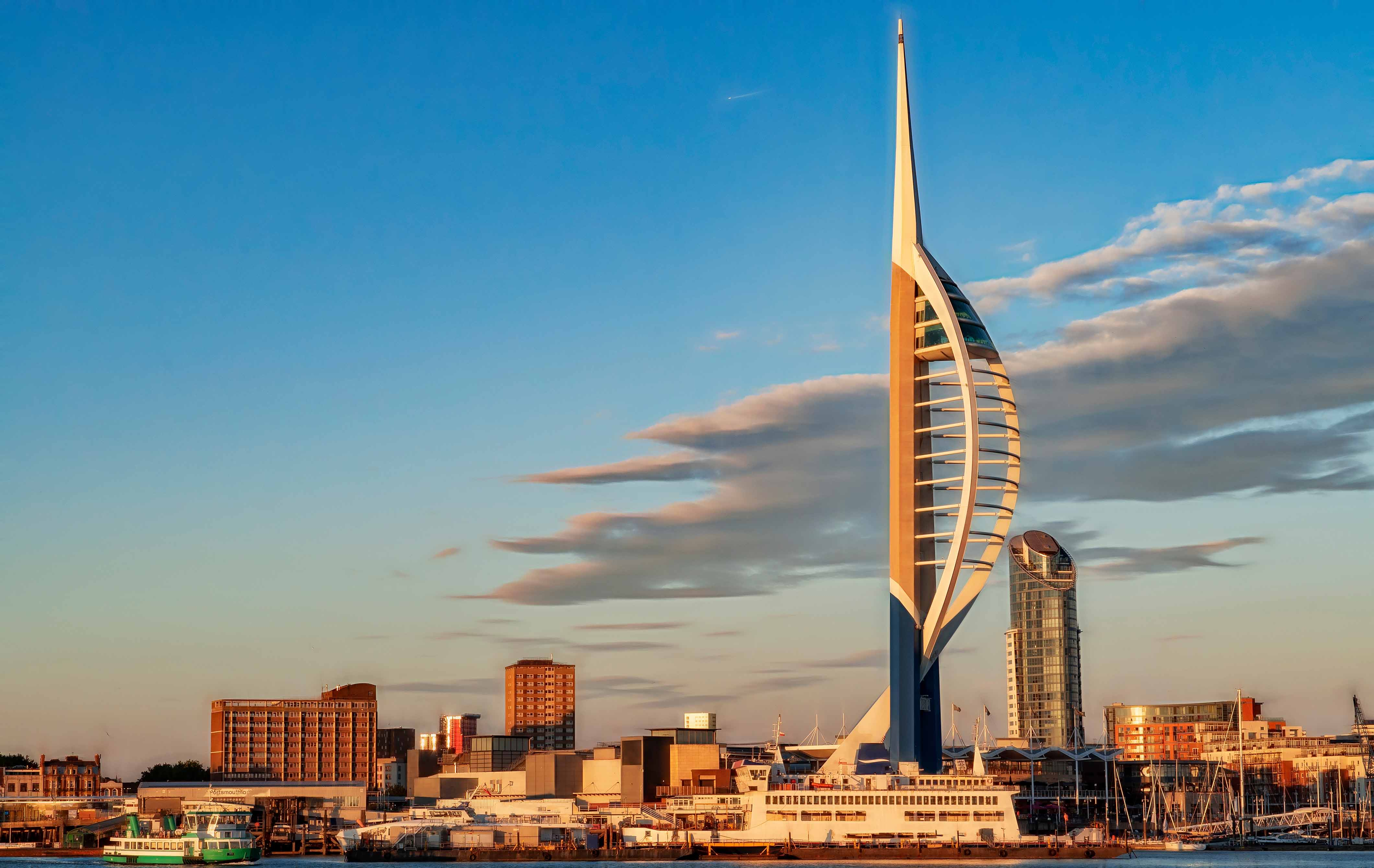 Spinnaker Challenge Alabare Homeless Charity Tower Portsmouth Event abseil 1