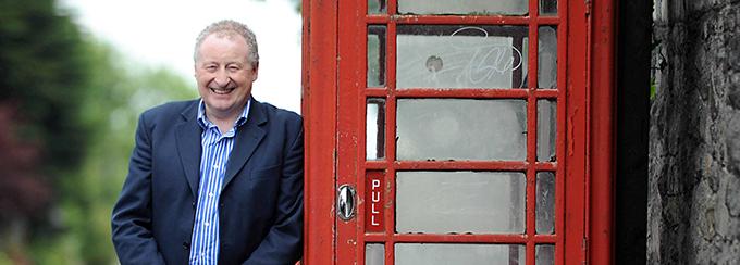 Stephen Fear - The Phone Box Millionaire