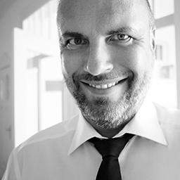 Sascha Schulz ist Referent für Suchmaschinenoptimierung und Experte für Performance Marketing. Er ist buchbar über ecomex.de