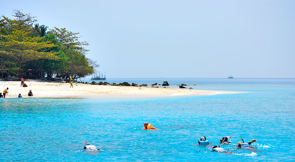 wisata snorkeling ujung kulon