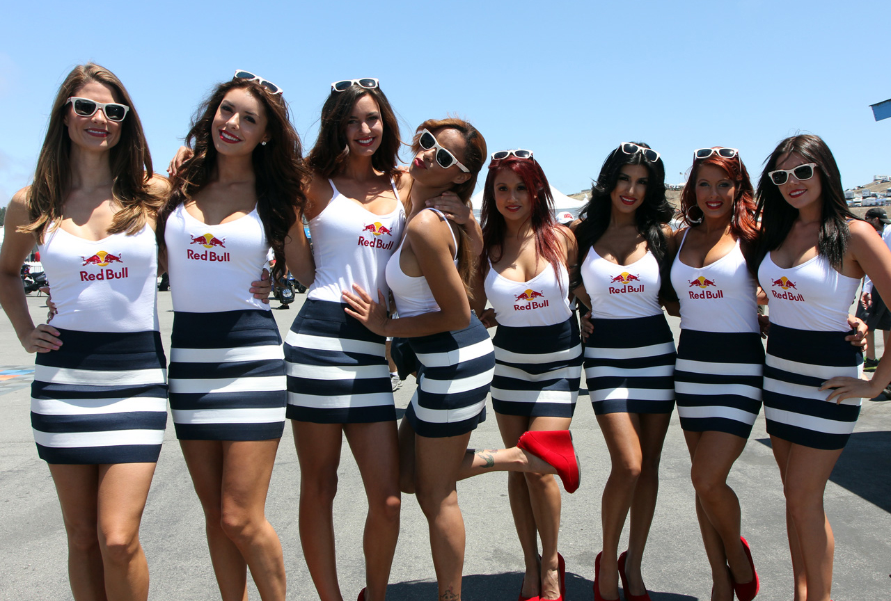 come see the redbull wing girls