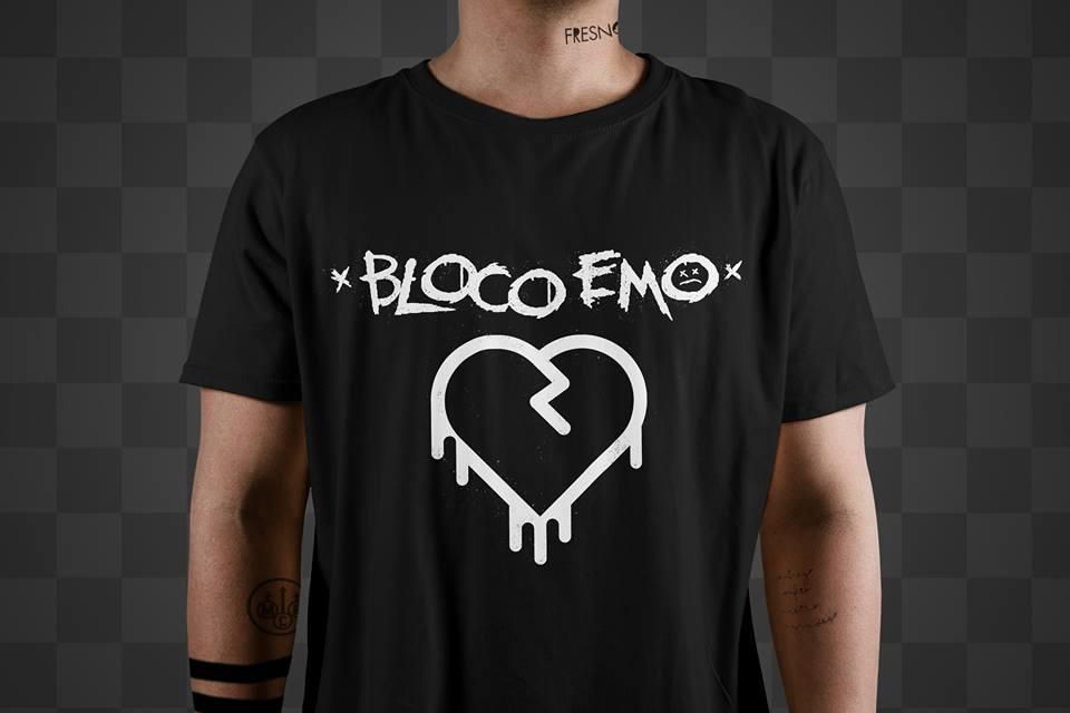 Camiseta Bloco Emo Preta