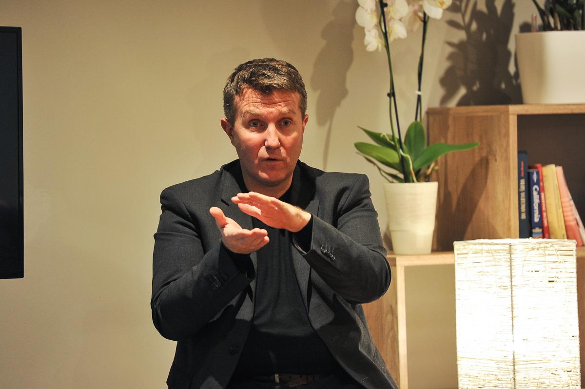 dr. Matej Tusak