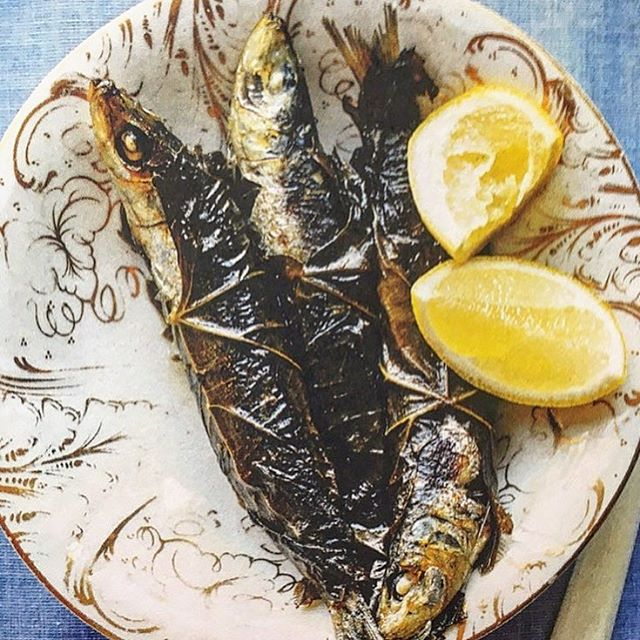 Sardines wrapped in vine leaves