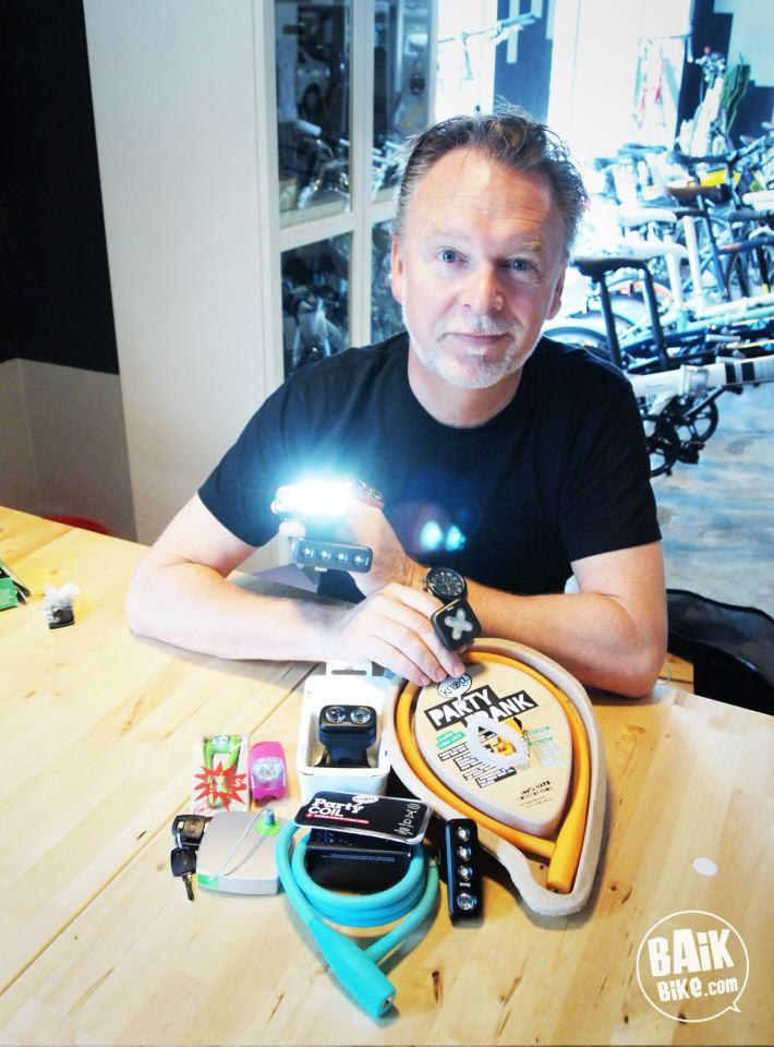 Hugo Davidson CEO of KNOG