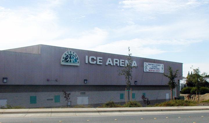 Skatetown Exterior