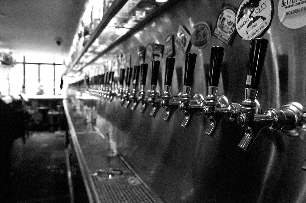 70+ California Craft Beers on taps at Mohawk Bend in Echo Park