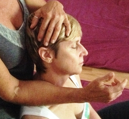 Thai sitting massage