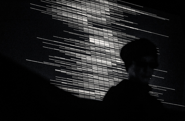 Ryoji Ikeda performing Supercodex (glitch, minimal abstract-techno_JP)