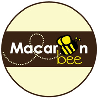 Macaroon Bee