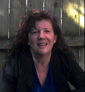 Janie Curits Headshot