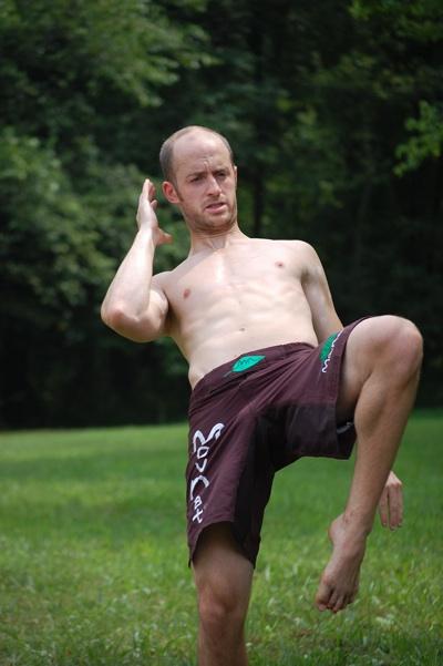 Brian, MMA amateur fighter and MovNat aficionado