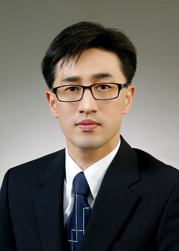 Yong-Sang Cho picture