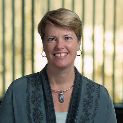 Alison Pyott headshot