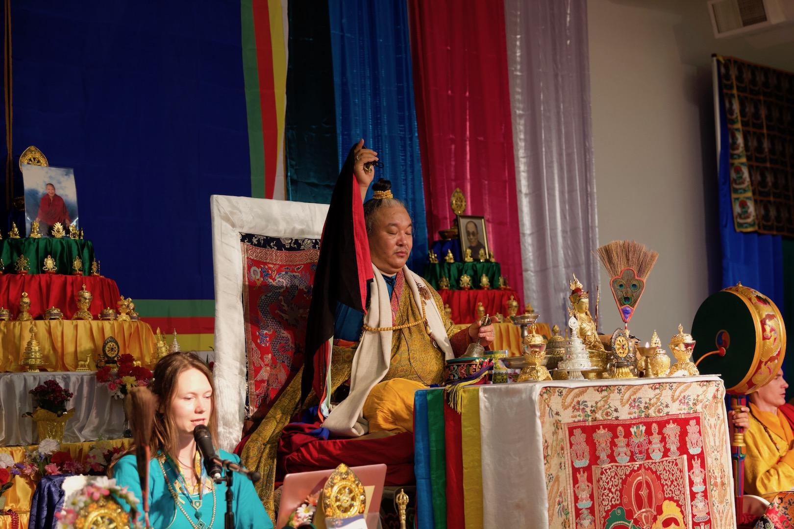 H.E. Dzogchen Khenpo Choga Rinpcohe
