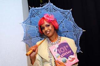 Craft author Momtaz
