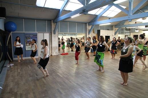 session danse avec le sergent Claudia Taïna