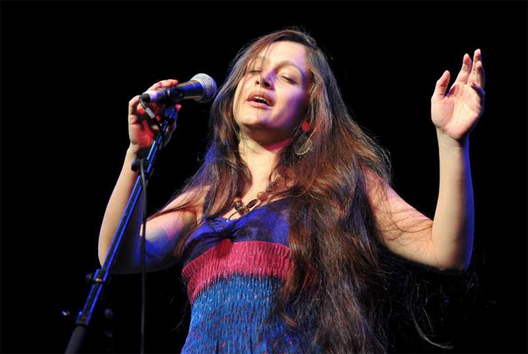 Sasha Lurje, Yiddish Singer