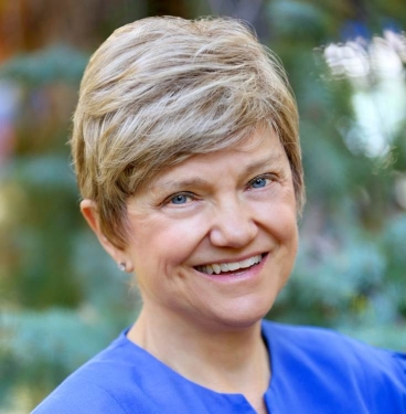 Professor Carol Dahl
