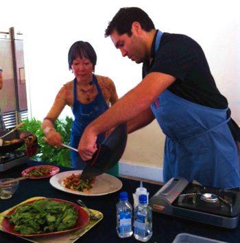 Matteen show off wok skills