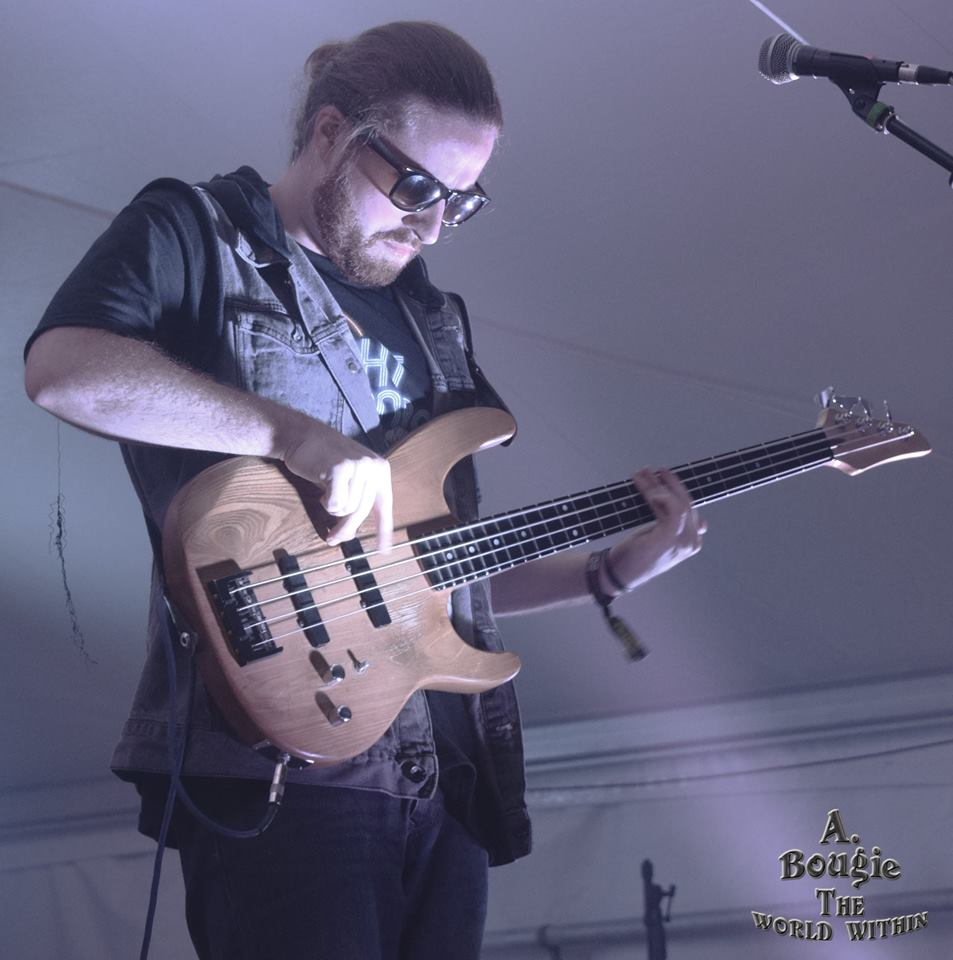 Luke Bemand, Bass