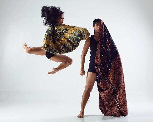 Dancers Kris-Belle Paclibar-Mamangun adn Ronelson Yadao. Photo by Jojo Mamangun.