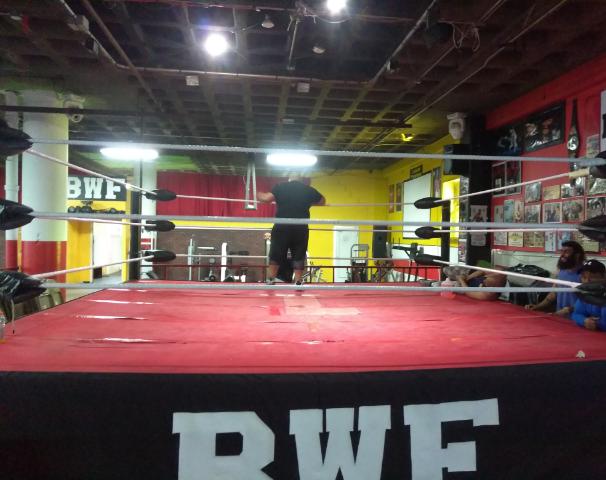 Baro's Extreme Boxing Ring
