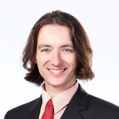 Dr Mikolaj Raszek