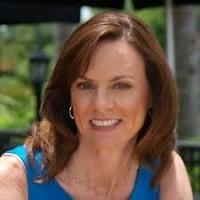 Pamela Starr headshot