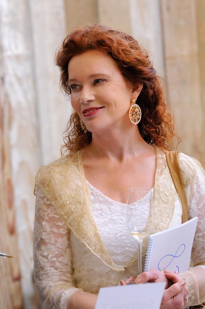 Author Karen MacNeil