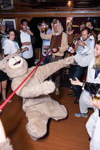 Bear crushes the Limbo (Noah's Ark 2015)