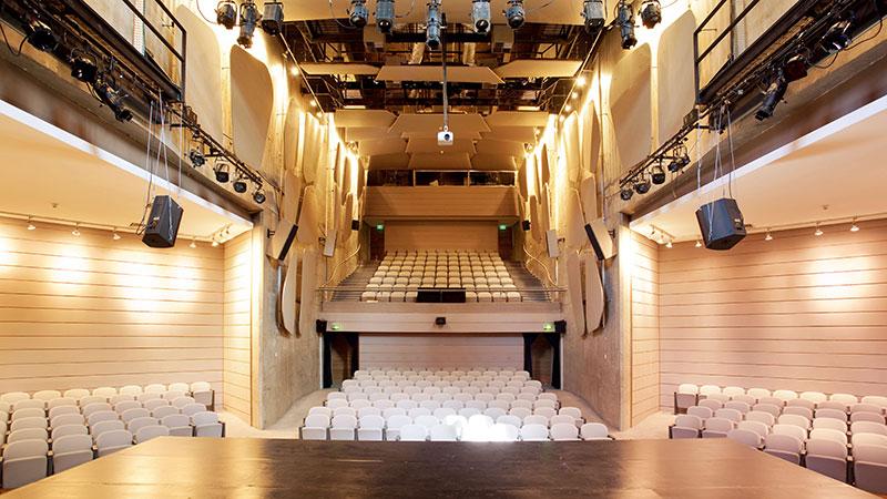 Teatro palco YOUPIX Summit