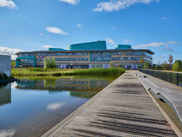 Photo of the UHI campus at Inverness