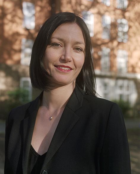 Ines Weizman Profile Image