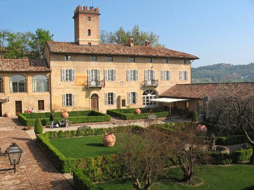 Castello di Razzano Estate
